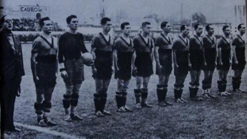Echipa României. Iuliu Bodola, al 5-lea de la dreapta la stânga.