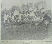 Atac al stegarilor in prima repriza