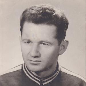 Octavian Zaharia, jucător la Steagul Roşu Braşov între 1947 şi 1963 (!)
