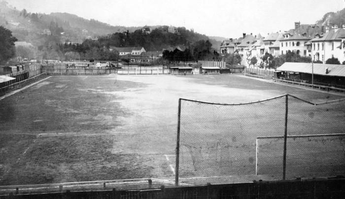 Stadion_Brasovia_[AE-G-8a]
