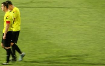 Ionescu şi Aganovici dezolaţi la finalul meciului cu Oţelul, din 7 martie.