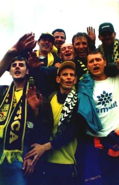 Golul regretatului Marian Măuţă i-a fericit pe băieţi în deplasarea victorioasă de la Mediaş, din septembrie 2000.